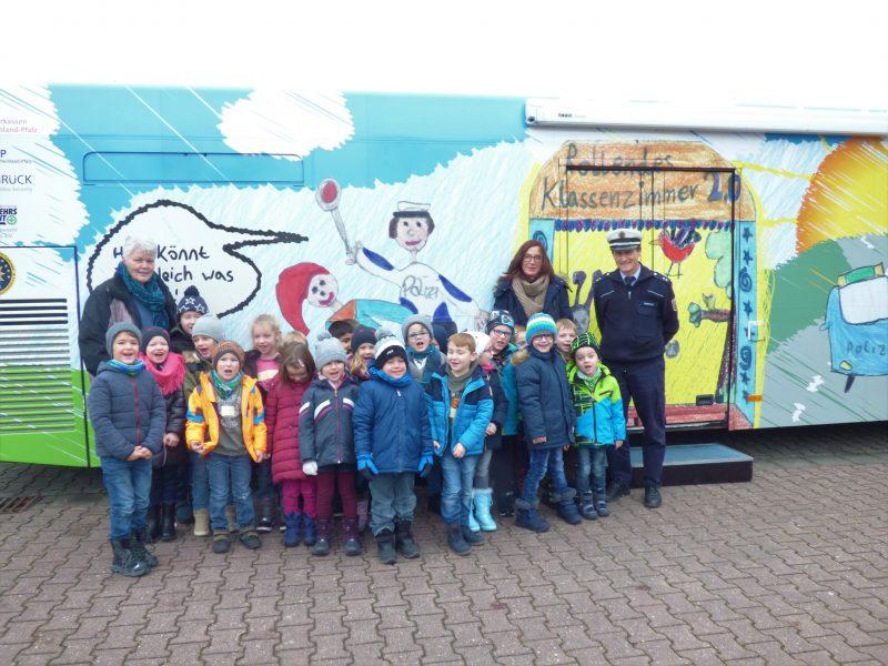 Puppenbühne der Landespolizei zu Besuch in der Arche Noah